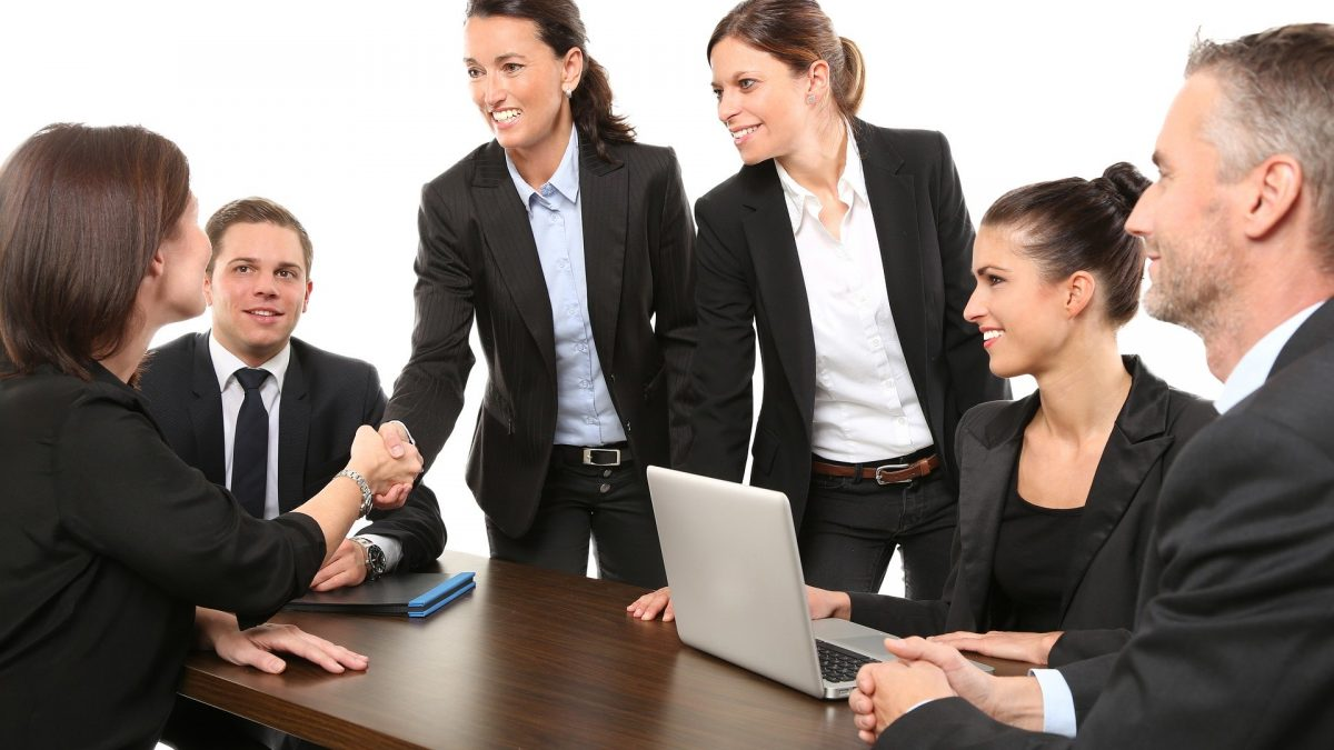 How To Maintain Professional Excellence Through The Use Of Technology Training?