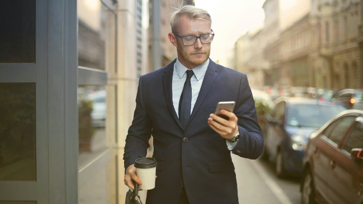 5 Reasons Why Your Business Needs a Dedicated Phone Line