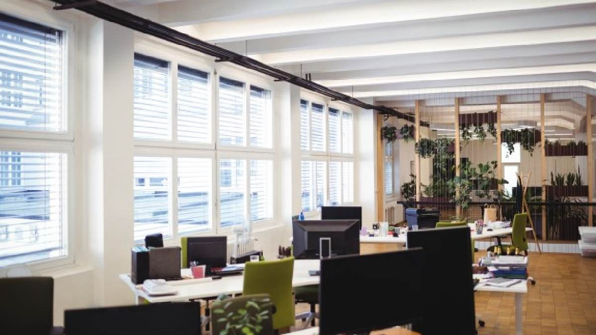 Everything You Need to Know about the Office Downsizing Trend