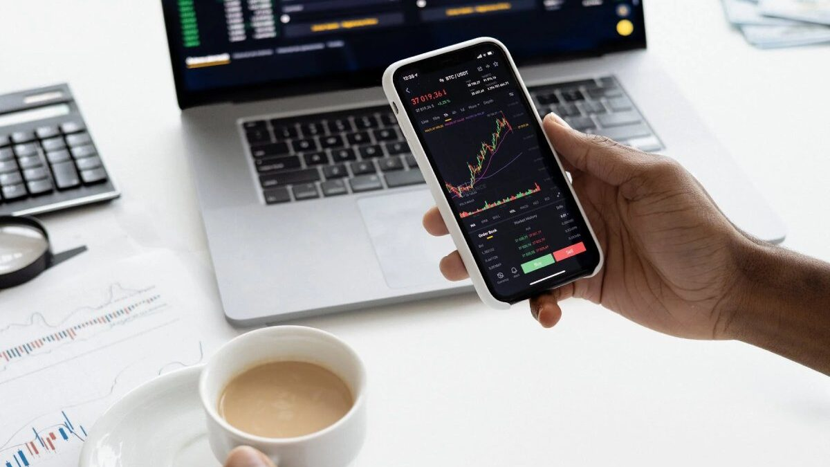 What is the Stock Market, and How Does it Work?