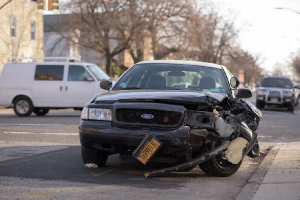 When Should I Hire a Lawyer After a Car Accident