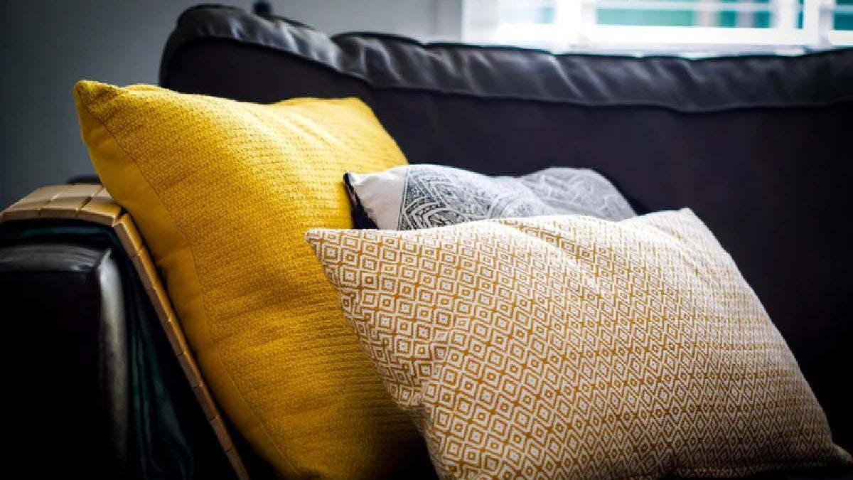 Top 4 Things to Consider before Choosing Sectional Couch Covers